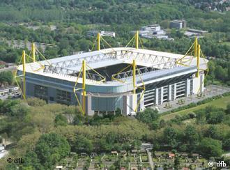 Nuevos Estadios - Página 2 0,,1015662_4,00
