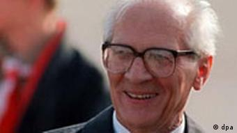 Der Staats- und Parteichef der DDR, Erich Honecker(Foto: DPA)