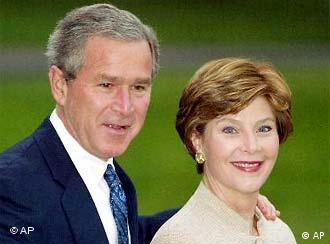 Presidenti Bush dhe first lady Laura Bush
