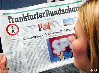 Un diario alemán en edición especial el Dia de la Alfabetización. Las palabras en el texto no tienen sentido: desconcierto para quienes saben leer.