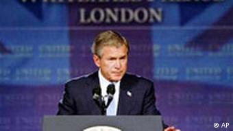 George Bush Rede in London Whitehall Palace