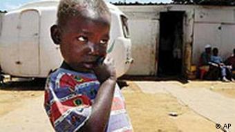 Weltaidstag in Südafrika Kind