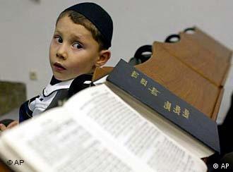 Judeus alemães estão novamente preocupados com seu número