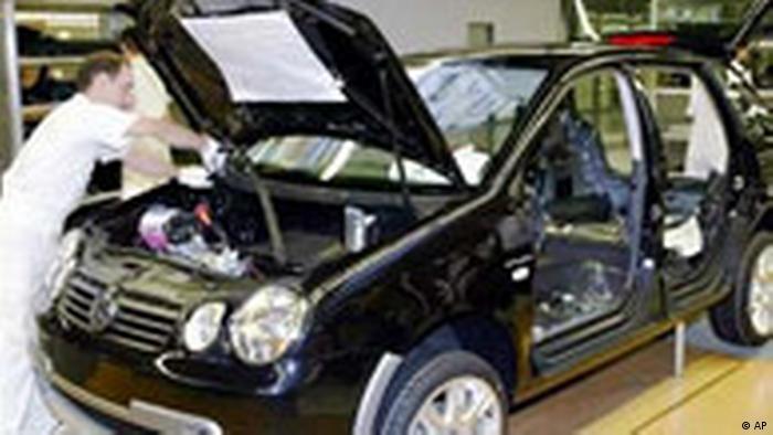 VW Autoproduktion in Bratislava (AP)