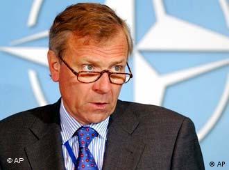 NATO Genel Sekreteri Jaap de Hoop Scheffer, İsrail'de temaslarda bulundu...