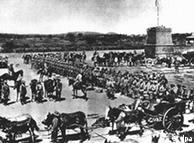 Tropas  alemães prepararam para marchar em 1904 contra os hereros