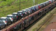 Güterzug mit PKW