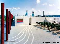 Pavilhão de Arte e Exposições da  Alemanha. Obra do arquiteto Gustav Peichl