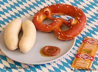 Die klassische bayerische Brotzeit am frühen Vormittag