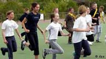 Schulsport Sportstunde an einer Berliner Schule