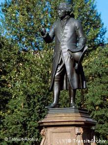 Immanuel Kant Denkmal in Kaliningrad