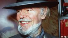 Der Schauspieler O. W. Fischer (Archivbild vom 2.10.1986) ist im Alter von 88 Jahren gestorben. Das berichtet die Schweizer Boulevardzeitung Blick am Dienstag (3.2.2004) unter Berufung auf den Bürgermeister von Vernate im Tessin, wo Fischer seit den 60er Jahren lebte. Der beliebte Schauspieler hatte sich weitgehend vom Film zurückgezogen. Wie der Blick berichtet starb Fischer bereits am Donnerstag (29.1.2004) in einem Krankenhaus in Lugano. Foto: Schmitt dpa