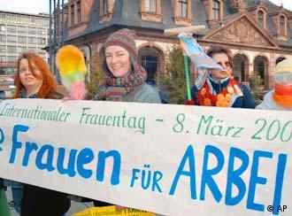 La mujeres alemanas se manifiestan por sus derechos.