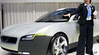 Volvo YCC Concept Car на автосалоне в Женеве