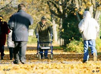 У пожилых людей выше потребность в протезировании