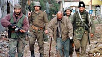 Yugoslav army soldiers in 1991