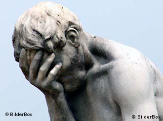 Statue eines Menschen mit verzweifeltem Ausdruck (Foto: BilderBox)