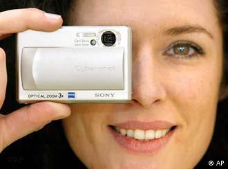 Casio, CeBIT, Hannover, Information, digital, camera, ডিজিটাল, ক্যামেরা, কল্যাণ, ছবি,