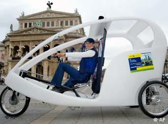 A 'velotaxi' in Frankfurt