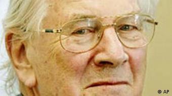 Sir Peter Ustinov ist Tod Miniquiz März 2004
