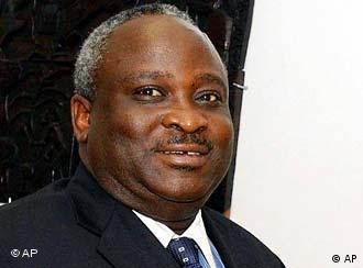 Präsident Domitien Ndayizeye gehört der mächtigen Gruppe der Hutu an