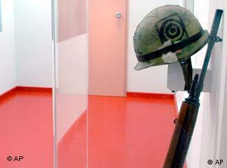 A helmet and rifle from Kubrick's film Full Metal Jacket on show in Frankfurt.