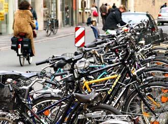 Χώρος στάθμευσης ποδηλάτων στο κέντρο του Μünster