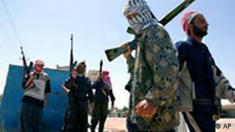 Sunniten Kämpfer in Falludscha mit Galeriebild