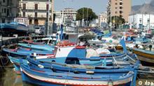 Italien - Sizilien - Palermo Fischerboote im Hafen von Parlermo, aufgenommen am 27.3.2003.