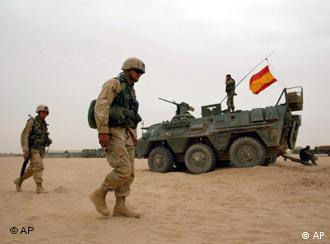 """OTRA VEZ """"EL PAIS"""" (veracidad del vídeo del maltrato en Irak de soldados españoles) 0,,1172047_4,00"""