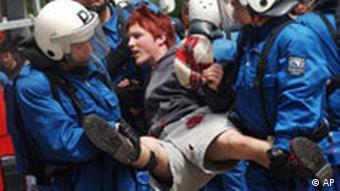 1. Mai Demonstration in der Schweiz, Demonstrantin verhaftet