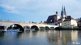 Regensburg Brücke über die Donau