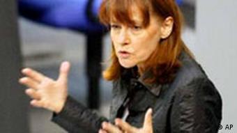Bildungsminister Edelgard Bulmahn im Bundestag