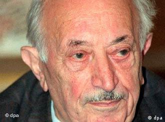 Time is running out for Simon Wiesenthal to catch the last Nazis