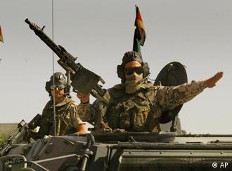 Afganistan'da şu an 10.000 kadar NATO askeri görev yapıyor