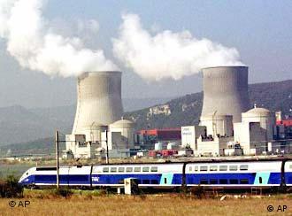 Atomkraftwerk an der Rhon in Frankreich (Ap Patrick Gardin)