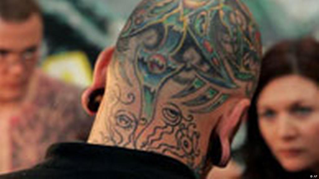 Moda Na Tatuaż życie W Niemczech Społeczeństwo Lifestyle