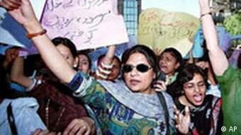 Demonstration für Frauenrechte in Pakistan
