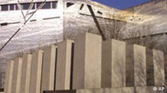 Daniel Libeskind, Jüdisches Museum Berlin