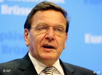 Schröder em Bruxelas: não apenas sucessos