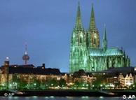 Catedral de Colônia à noite