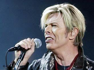 Bowie singing