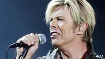 Bowie singing