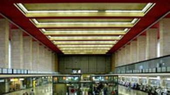 Flughafen Tempelhof in Berlin Empfangshallle