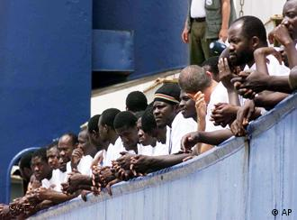 Ship carrying Sudanese refugees headed for Italy