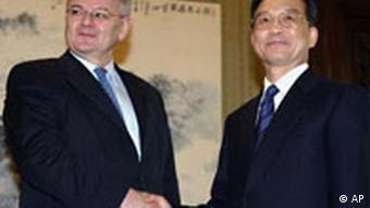 Joschka Fischer bei Wen Jiabao in Peking