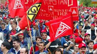 Demonstration bei Daimler in Sindelfingen