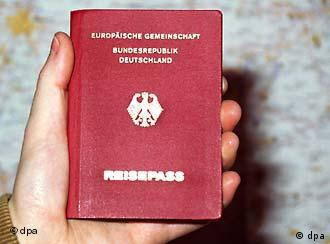 Would Kurnaz have been released earlier if he had held a German passport in his hands?