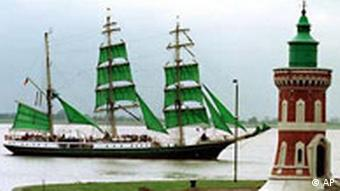 Windjammer Leuchtturm von Bremerhaven