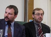 توماس باوئر، سمت راست